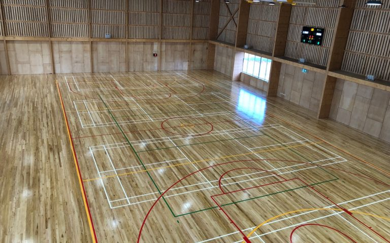 Here is the finished product of the sports flooring at the Pingelly Rec centre for Sime Building. It looks sooooo good!